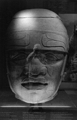 01  Autoportrait dans une représentation supposée du Golem: latitude 41.3852 ; longitude       2.1809