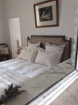 chambre grand lit pour Hermione