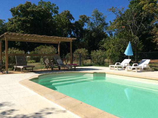 """piscine de la maison d'hôtes près d'Agen """"Le Manoir en Agenais """""""