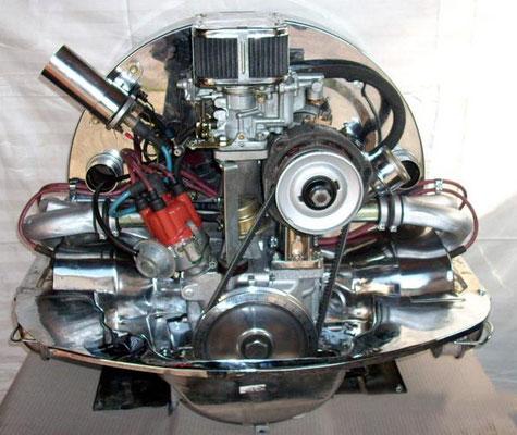 Verchromt, 1600er, ca. 44KW/60PS, 40er Weber Zentralvergaser. Verdichtung wurde erhöht. TÜV Eintrag möglich.
