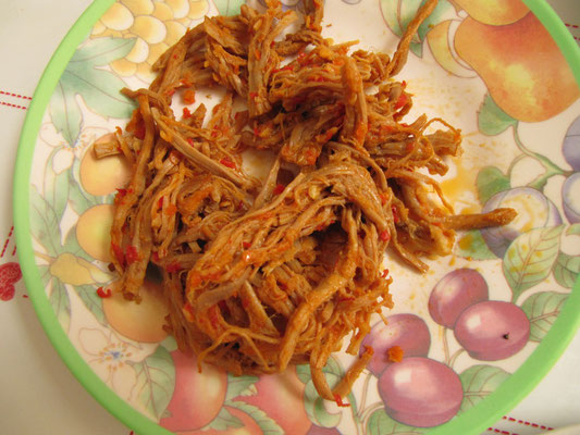Rindfleischfäden mit Chilli.