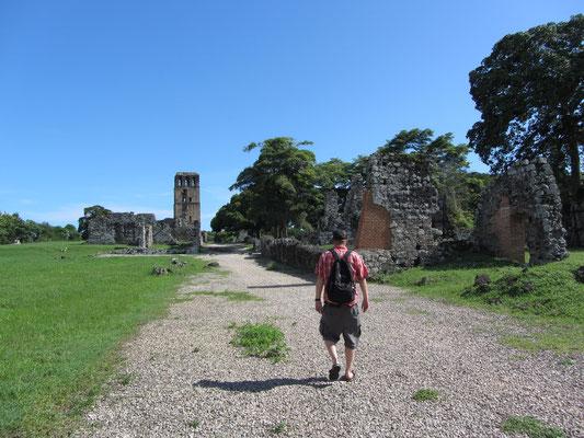 Panamá la Vieja ist die Ruinenstadt der ältesten spanischen Stadtgründung an der Pazifikküste östlich der heutigen Stadt Panama-Stadt. Das Ruinengelände ist seit 2003 Teil des UNESCO-Weltkulturerbes.