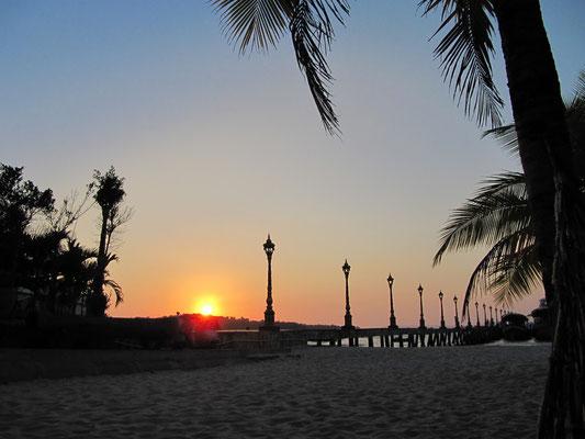 Das Pier am Victory Beach.
