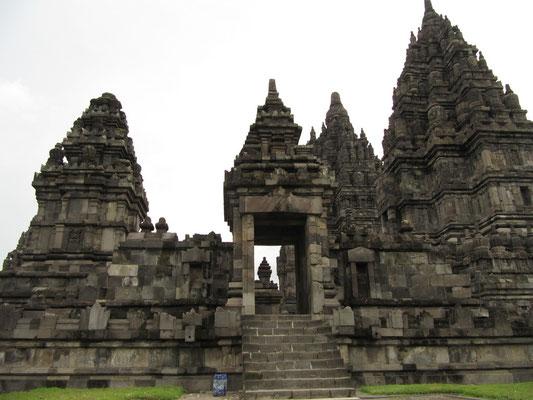 Prambanan ist der größte hinduistische Tempelkomplex Javas.