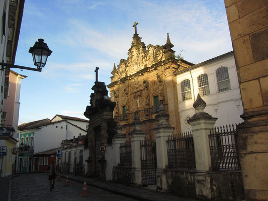 Die Iglesia de la Tercera Orden de San Francisco aus der Kolonialzeit wurde 1686 erbaut.