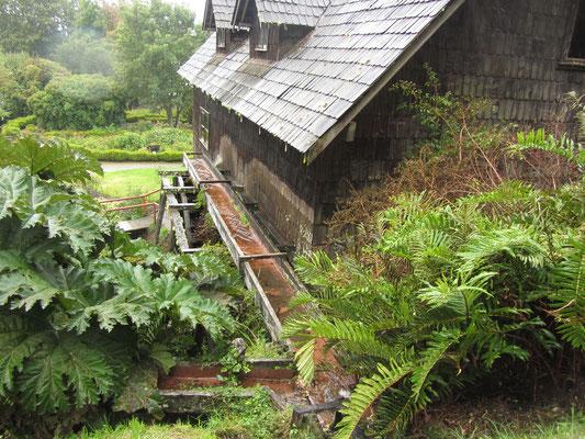 Eine Wassermühle.