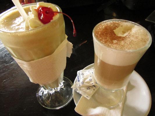 Kaffee und Shake.