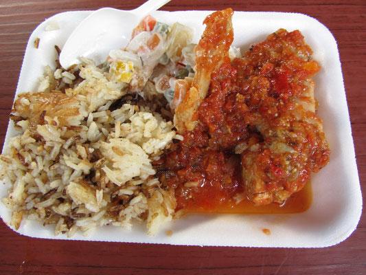Gallo en chicha.  Frisch auf dem Markt in Antigua gekauft.