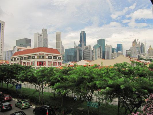 Blick über Chinatown auf den CBD (Central Buisiness District).