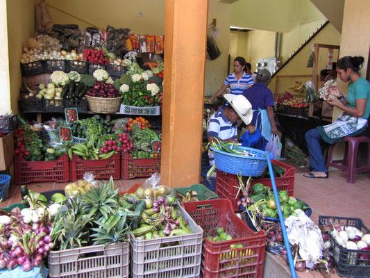 Der Eingang zum Markt.