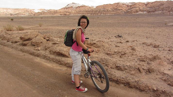 """Das Valle de la Luna (spanisch """"Tal des Mondes"""") ist eine Wüstenlandschaft in der chilenischen Region Antofagasta."""