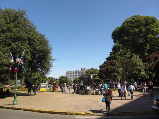 Plaza de Armas im Zentrum Osornos.