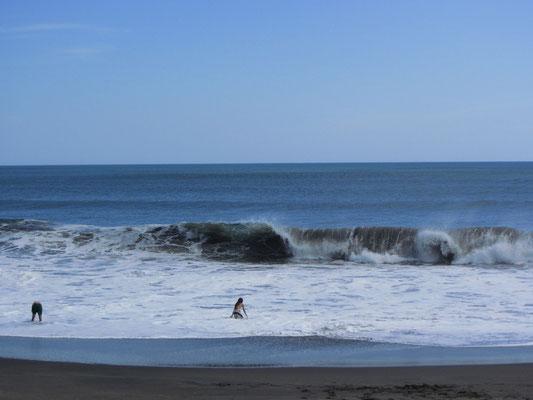 Die Wellen von Las Penitas können gefährlich werden.