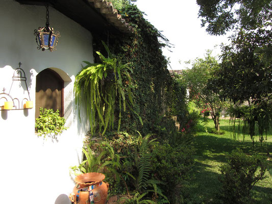 Ein Garten ist schön in Antigua.