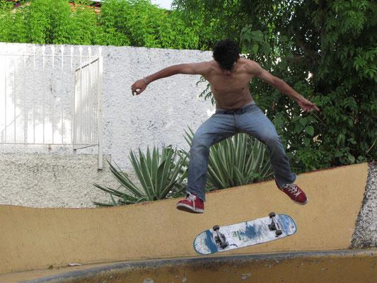 Skateboarder im Parque Ruben Dario.