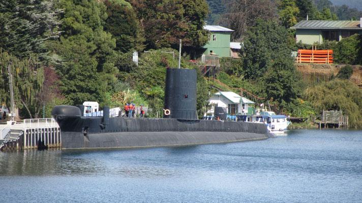 Aus dem alten Marine U-Boot wurde ein Museum gemacht.
