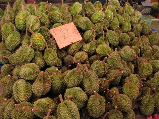 """Durians. Die """"Könige der Früchte""""."""