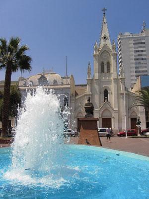 Die Kirche am Plaza.