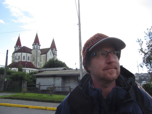 Endlich wieder zurück in Puerto Varas. Vor der Iglesia del Sagrado Corazón de Jesus.