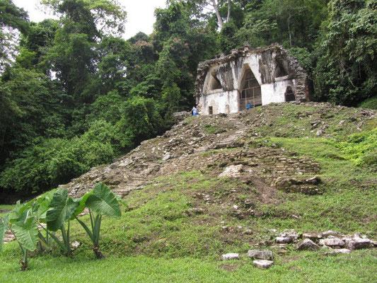 Tempel des Blätterkreuzes.