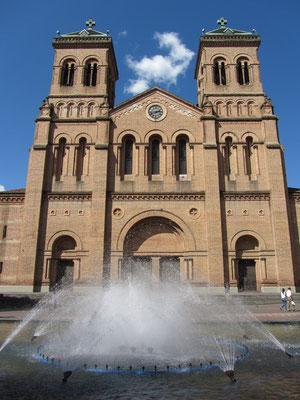 Die Catedral Basilica Metropolitana ist das größte Backsteingebäude dere Welt.
