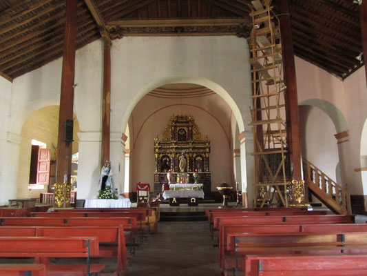 In der Kirche. (Subtavia)