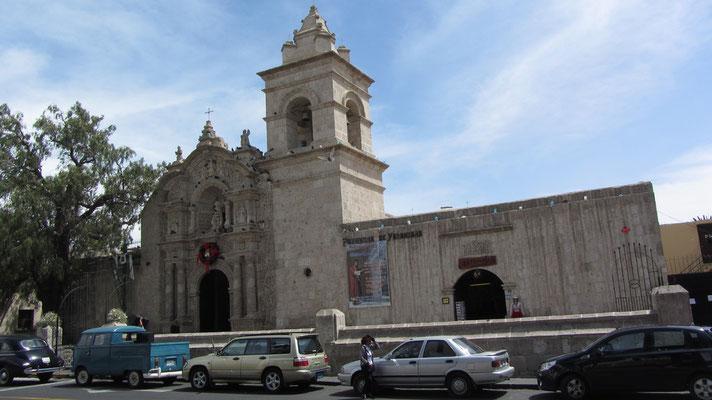 Die Kirche San Juan Bautista in Yanahuara.