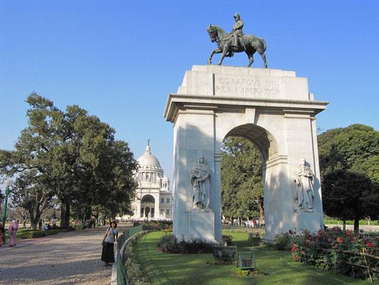 Im Garten des Victoria Memorials.