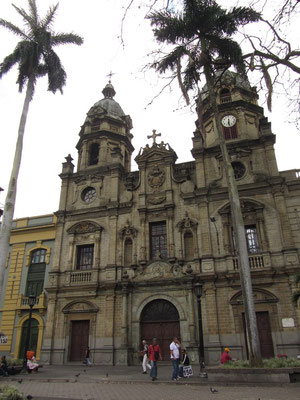 Die Kirche der Universität von Antioquia am Plazuela de San Ignacio.