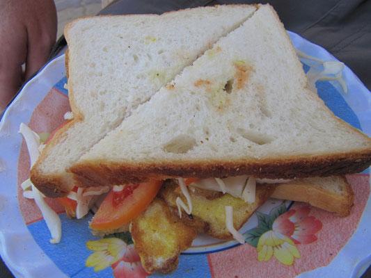 Sandwiches mit Omelette. Das war wirklich das allerbilligste in Palolem.