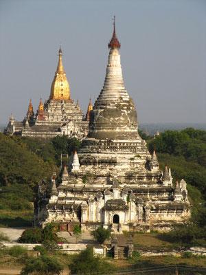Zwei der großen Tempel.