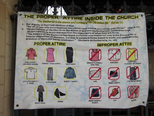 Hinweise zum Dresscode in der Kirche.