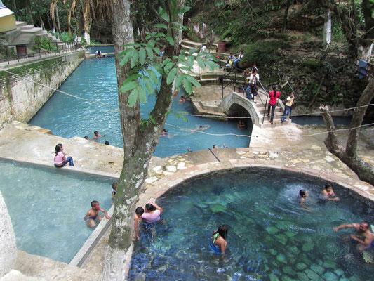 Die heißen Quellen (Aguas Termales) von Balneario.