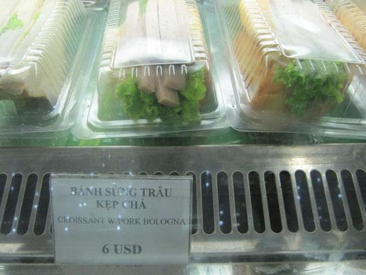 6 $ (USD) für einen Witz von Sandwich. Wurde von uns natürlich nicht gekauft.