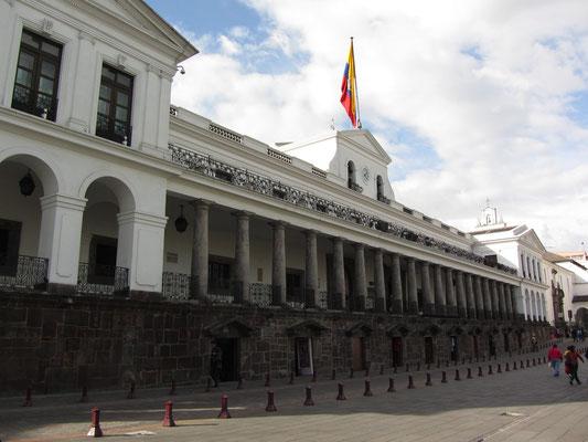 Der Regierungspalast. (Plaza Grande)