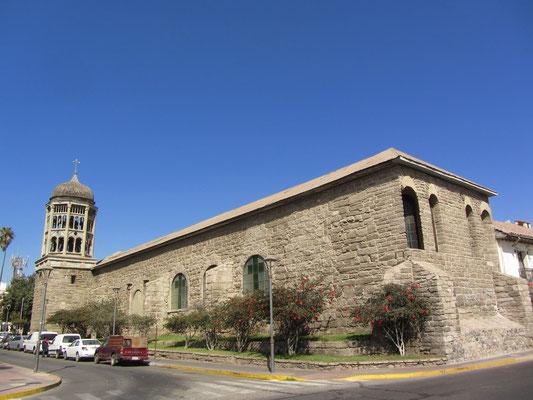 Die Kirche Santo Domingo stammt aus der Mitte des 18. Jahrhunderts.