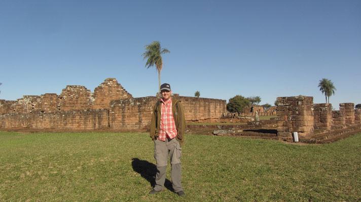 La Santísima Trinidad de Paraná ('Die Allerheiligste Dreifaltigkeit zu Paraná') ist eine ehemalige Jesuitenreduktion im Distrikt Trinidad im Departamento Itapúa.