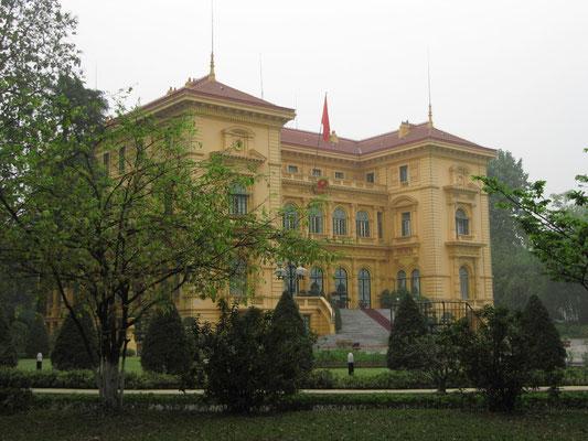 Der Präsidentenpalast (französisches Kolonialgebäude, das 1906 erbaut wurde und für offizielle Empfänge genutzt wird).