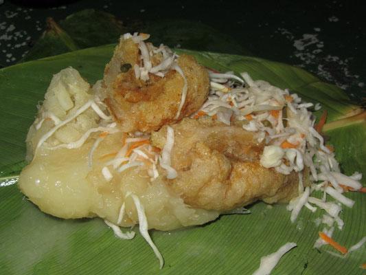 Vigorón ist ein traditionelles nicaraguanisches Gericht. Es besteht aus einem Kohlsalat (gehackter Kohl, Tomaten, Zwiebeln und in Essig und Salz marinierter Chili), gekochtem Yuca und Chicharrones (gebratener Schweinebauch oder gebratene Schwarten).