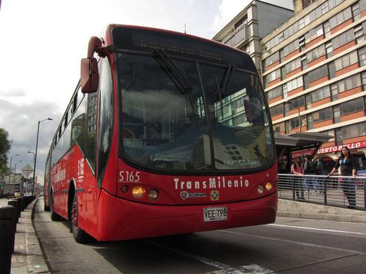 Ein TransMilenio-Bus.