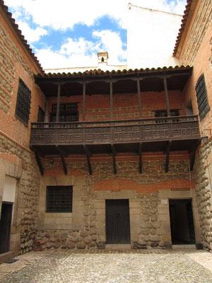 Das Haus Casa de la Moneda (spanisch Münzhaus oder Geldhaus), auch Casa Real de la Moneda (Königliches Münzhaus oder Königliches Geldhaus) in der Stadt Potosí in Bolivien ist eine ehemalige Münzprägeanstalt, die heute als Museum besichtigt werden kann.