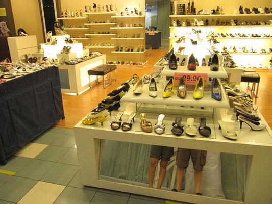 Schuhe & Beine.
