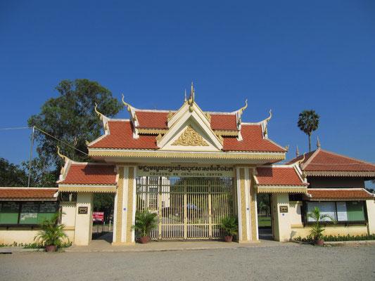 Eingang der Choeung Ek Gedenkstätte.