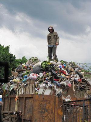 Der Mann des Mülls.
