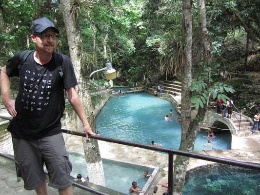 Nach diesem Foto ging's für mehrere Stunden in die unterschiedlich warmen Becken.