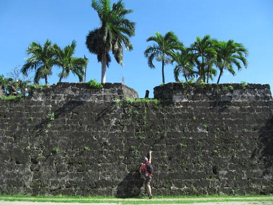 Versuch die Eintrittskosten zu umsteigen. (Fort San Pedro)