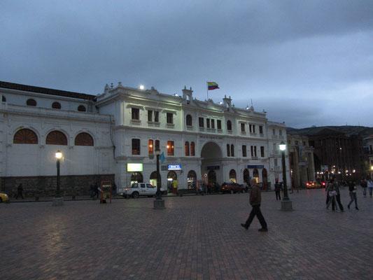 Plaza de Armas am Abend.