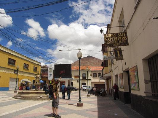 Blick auf den Cerro Rico. Aus den Minen dieses Berges wurde nach der Gründung der Stadt mehr als die Hälfte des Silbers der Neuen Welt gewonnen.