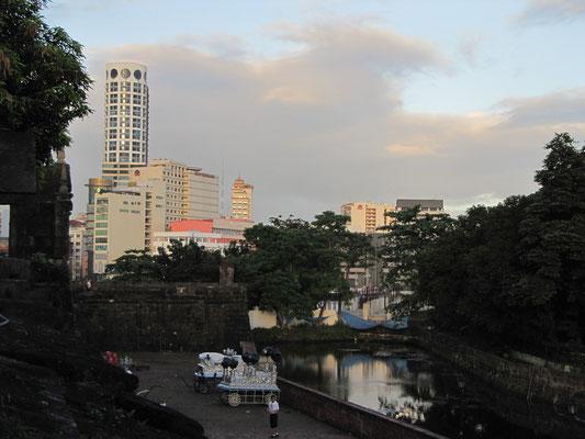 Blick vom Fort Santiago.