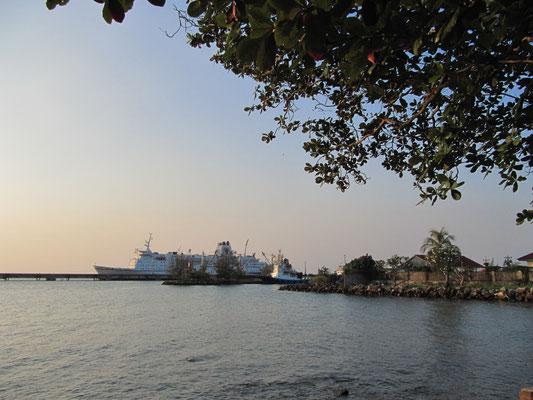 Der Hafen von Sihanouk Ville.